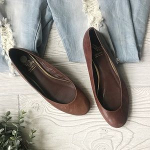SAKS FIFTH AVE | Brown Leather Flats